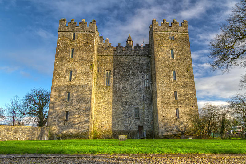 Download Bunratty Castle In Co. Clare Stock Photo - Image: 24315942