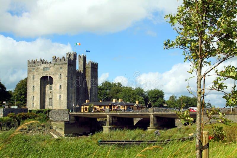 bunratty slott clare co ireland fotografering för bildbyråer