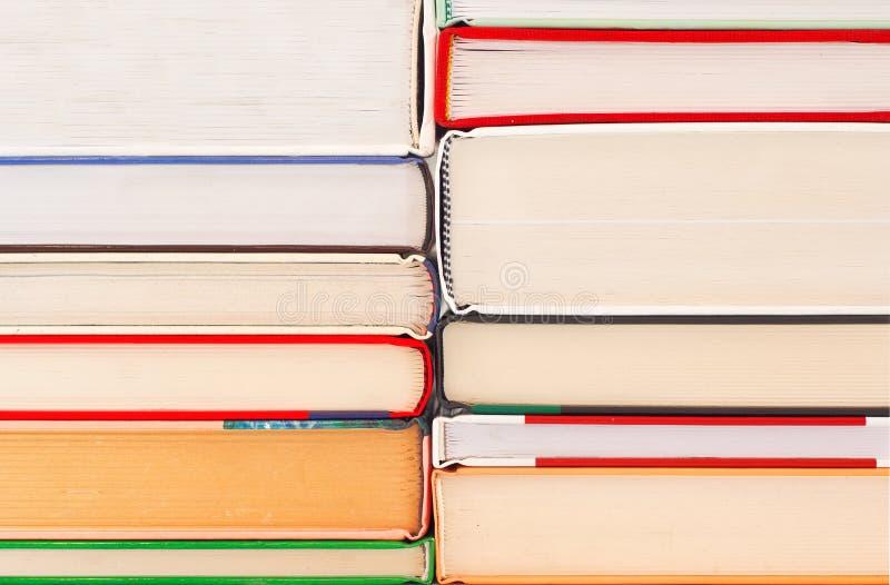Bunt av böcker