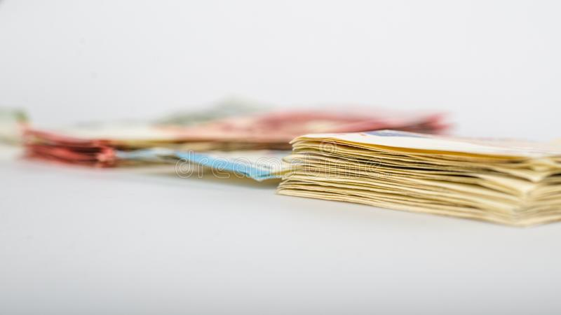 Bunt av många eurosedlar royaltyfri bild
