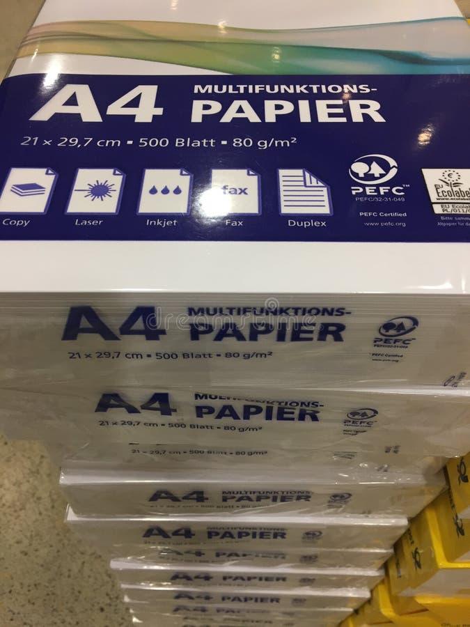 Bunt av packar för papper A4 royaltyfri fotografi