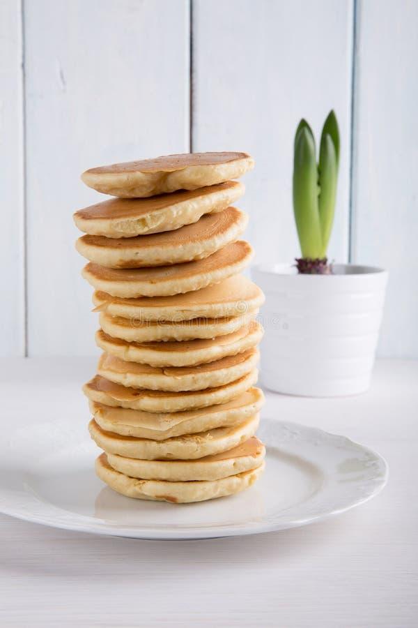 Bunt av pannkakor arkivbilder