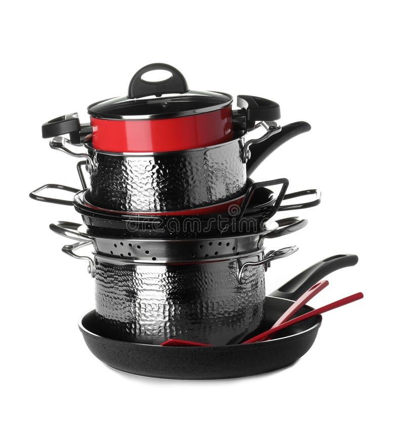 Bunt av ren isolerade cookware och redskap royaltyfria foton