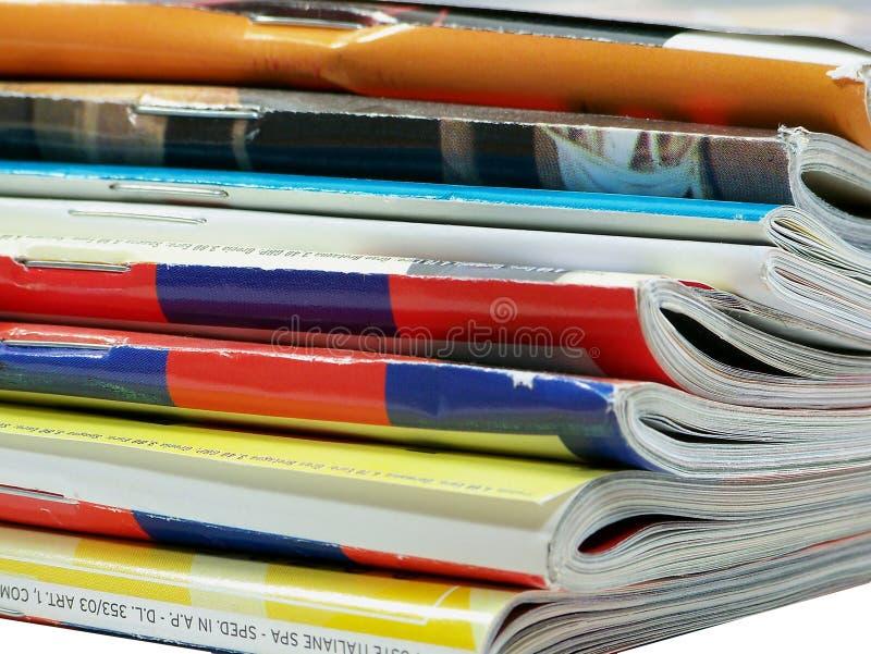 Bunt av tidskrifter royaltyfria foton