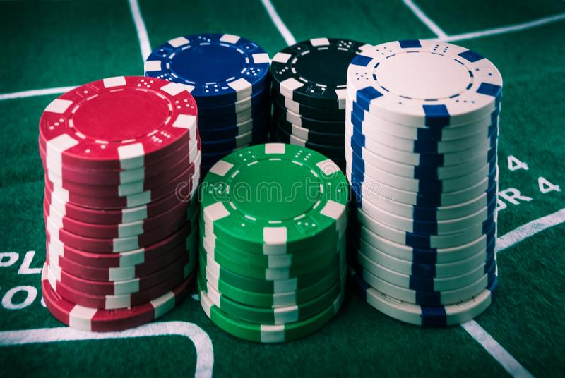 Bunt för pokerchiper arkivfoto