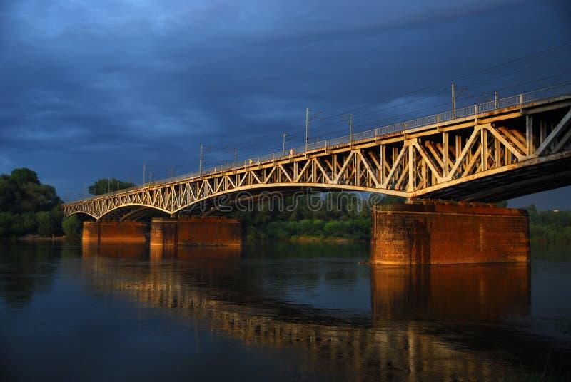 Bunte alte Brücke stockfoto