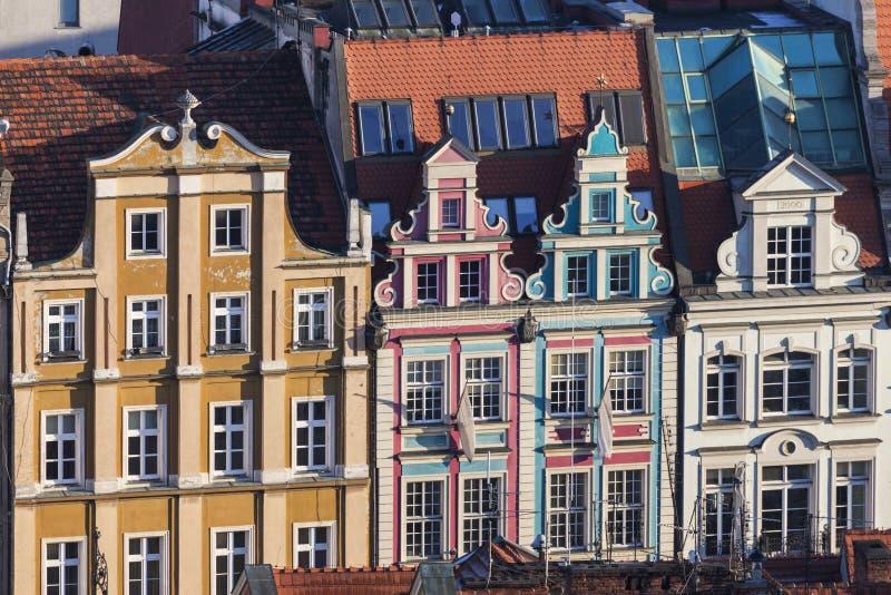 Bunte Architektur des Marktplatzes in Breslau stockbilder