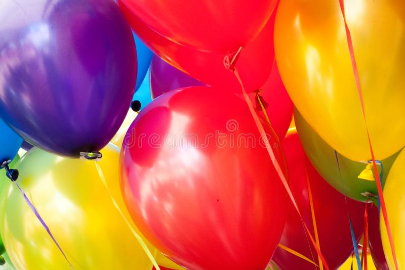 Bunte Ballons schließen herauf 3x4 lizenzfreies stockfoto