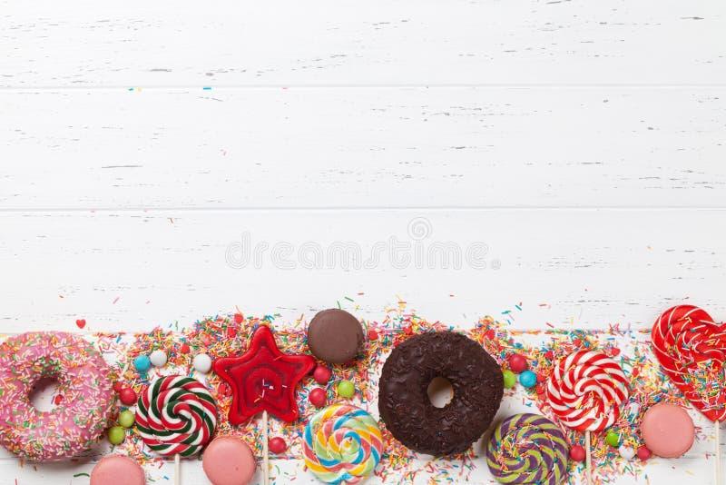 Bunte Bonbons stockfotos