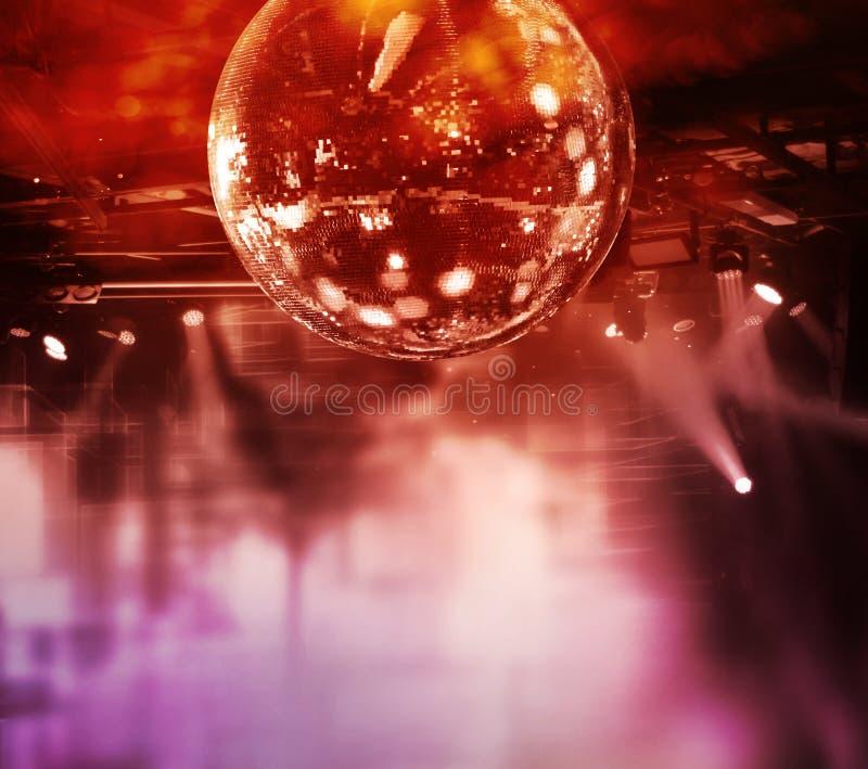 Bunte Discospiegel-Balllichter stockfoto