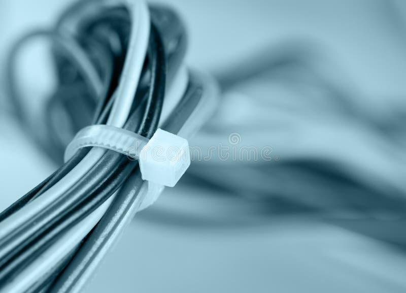 Bunte elektrische Seilzüge lizenzfreies stockfoto