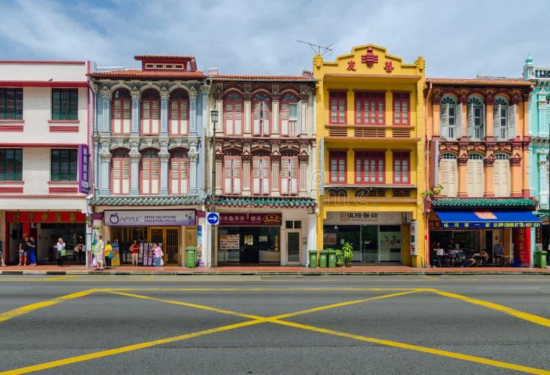Bunte Erbgebäude in Singapur Chinatown lizenzfreie stockfotografie