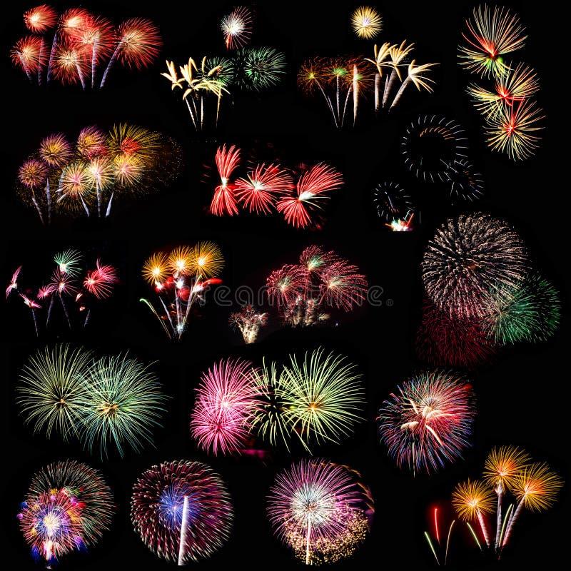 Bunte Feuerwerke über nächtlichem Himmel stockbilder