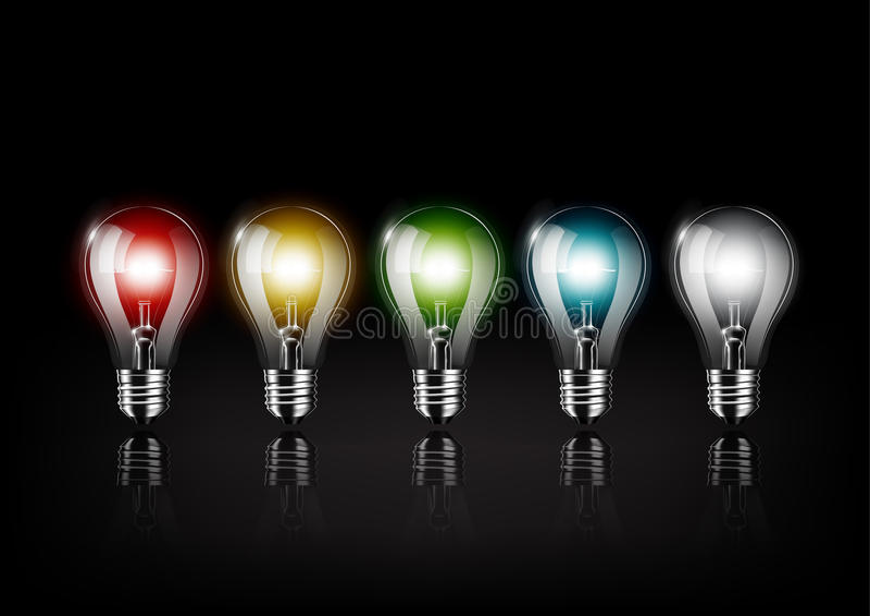 Bunte Glühlampe glüht auf schwarzen Hintergrund, Konzeptidee, transparente Vektorillustration lizenzfreie abbildung