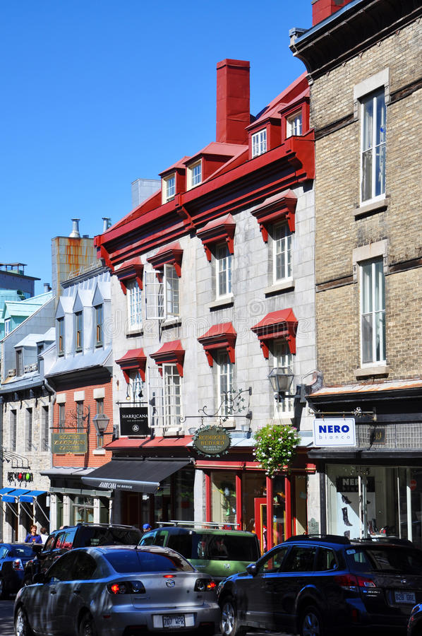 Bunte Häuser in altem Québec-Stadt lizenzfreies stockbild