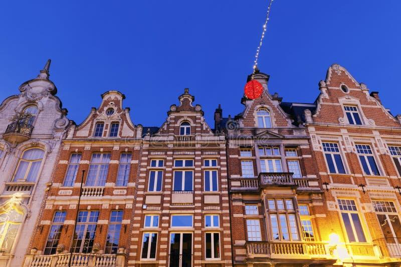 Bunte Häuser auf Grote Markt in Mechelen stockfoto