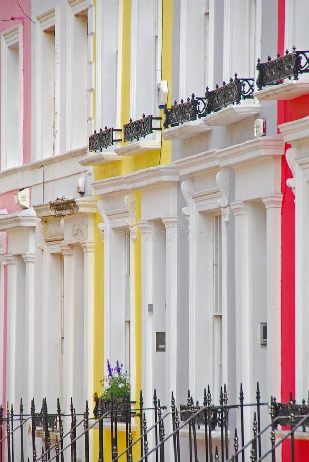 Bunte Häuser um Notting Hill stockbilder