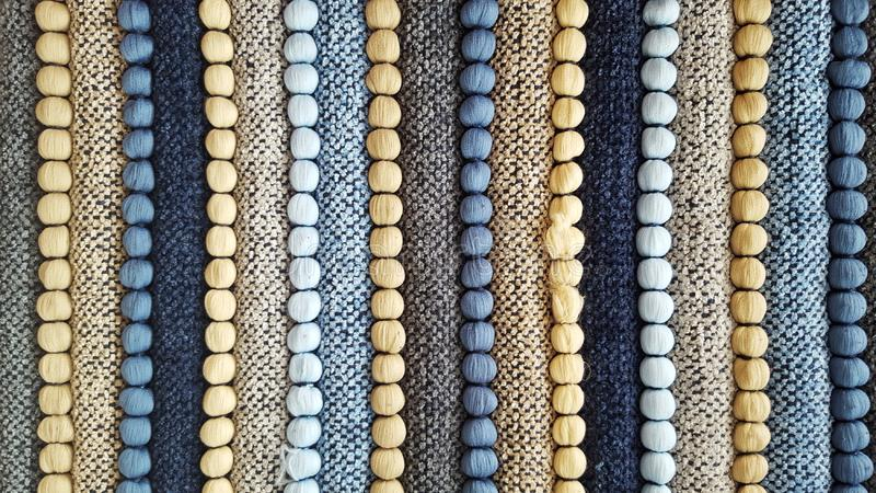 Bunte handgemachte gestreifte Teppichgewebebeschaffenheit lizenzfreie stockbilder