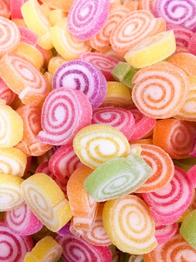Bunte Jelly Candy-Bonbonsnackgruppe Bonbon für Valentinsgrußtageshintergrund Pastellfarbe des Gelbrosas des blauen Grüns in der p stockfoto