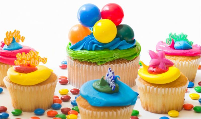 Bunte kleine Kuchen stockbild