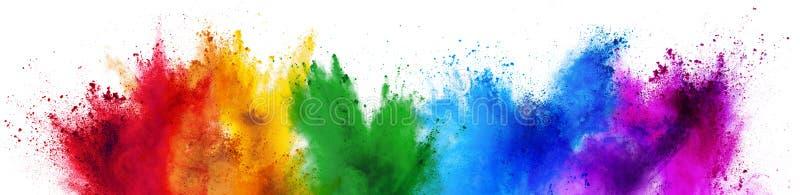 Bunte lokalisierter weißer breiter Panoramahintergrund des Regenbogen holi Farbenfarbpulvers Explosion lizenzfreie stockfotos