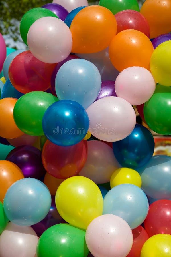 Bunte Luftballone. stockbild