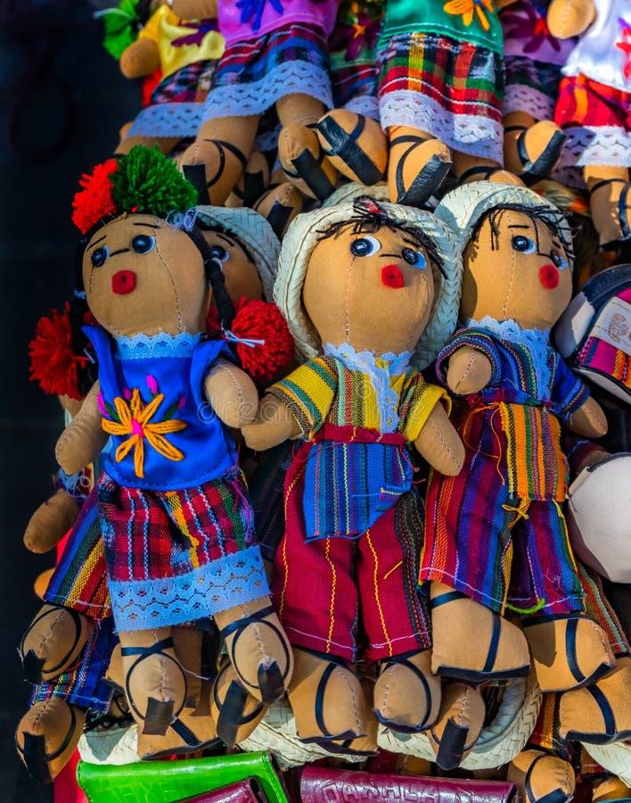 Bunte mexikanische Puppen-Handwerkk?nste Oaxaca Juarez Mexiko lizenzfreies stockfoto