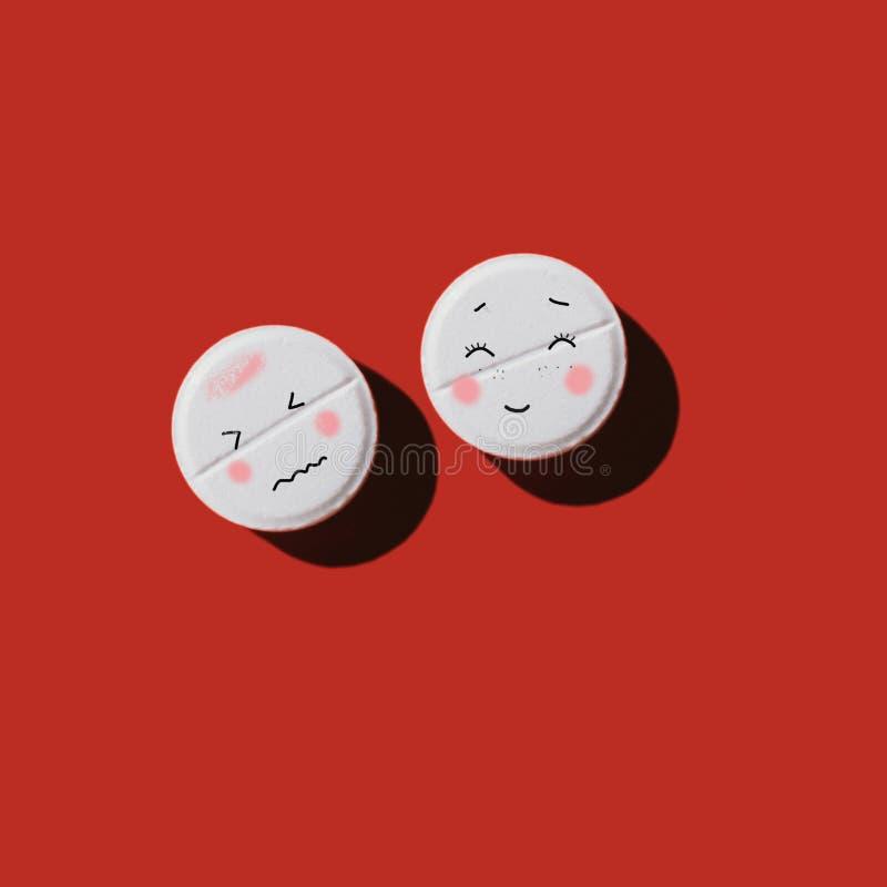 Bunte Pillen in Petrischalen lizenzfreie abbildung