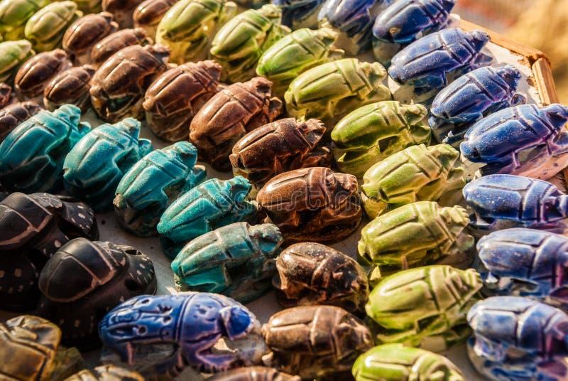Bunte Sammlung Scarabäus-Käfer in Ägypten stockfoto
