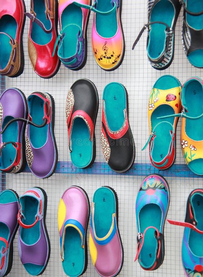 Bunte Schuhe lizenzfreies stockbild