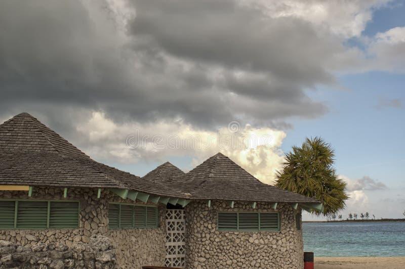 Bunte städtische Häuser von Nassau stockbilder