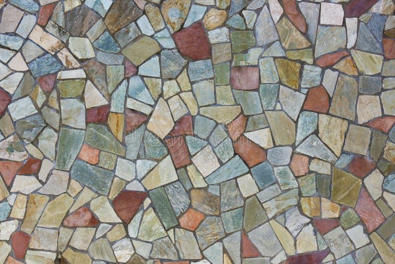 Bunte Steinwand stockbild