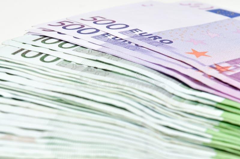 Bunten av pengareuro fakturerar sedlar Eurovaluta från Europa arkivfoto