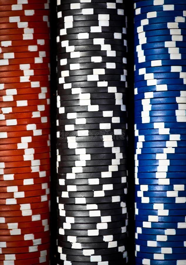 Bunten av poker gå i flisor royaltyfria bilder