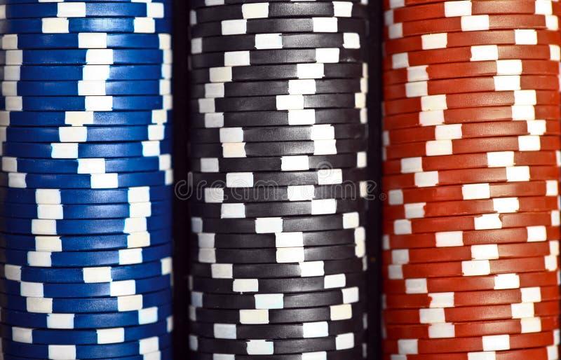 Bunten av poker gå i flisor royaltyfri bild