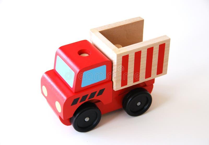 Bunter hölzerner LKW, der Spielzeug erlernt stockfotos