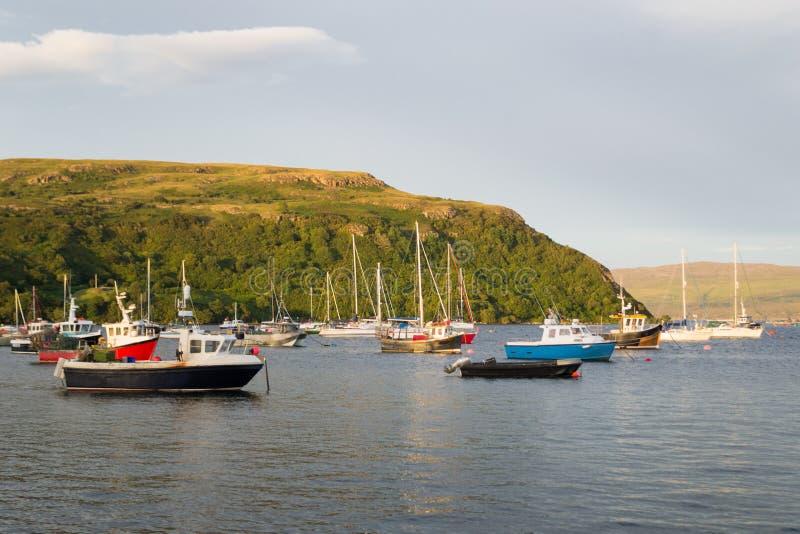 Portree Hafen, Schottland stockfotografie