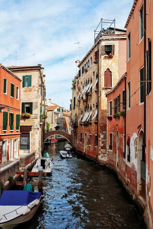 Bunter Kanal in Venedig, Italien stockbild