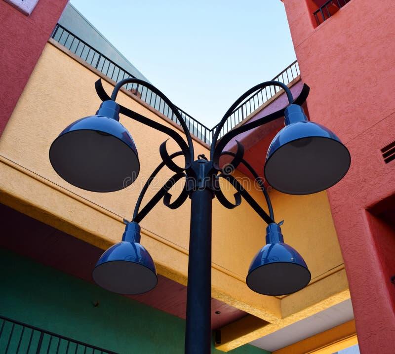 Bunter Lampenposten stockfoto