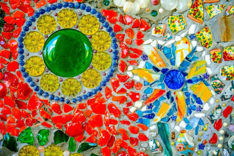 Bunter Mosaikmusterhintergrund Gemacht von keramischem stockfotos