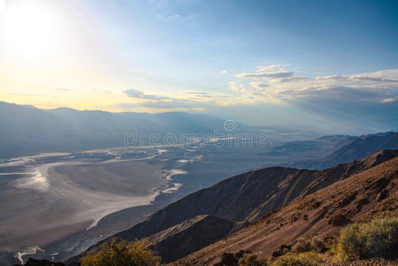 Bunter Sonnenuntergang gesehen von Dantes-Ansicht, Death Valley, Nevada stockfotos