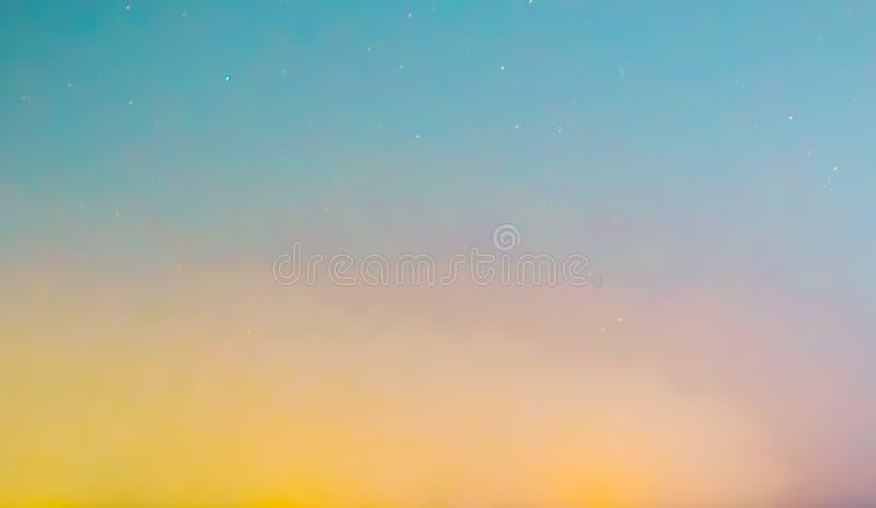 Bunter Wolkenhintergrund stockbilder