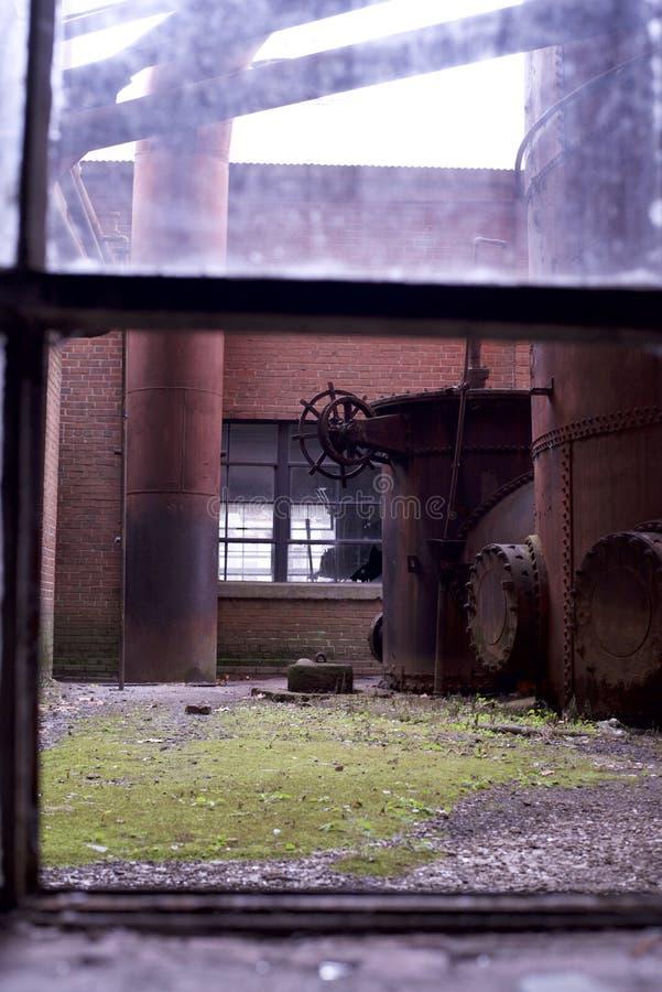 Buntes antikes Fenster stockfoto