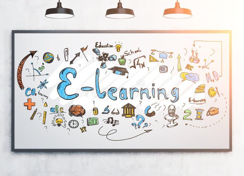 Buntes e, das Skizze auf einem whiteboard lernt stockfotografie