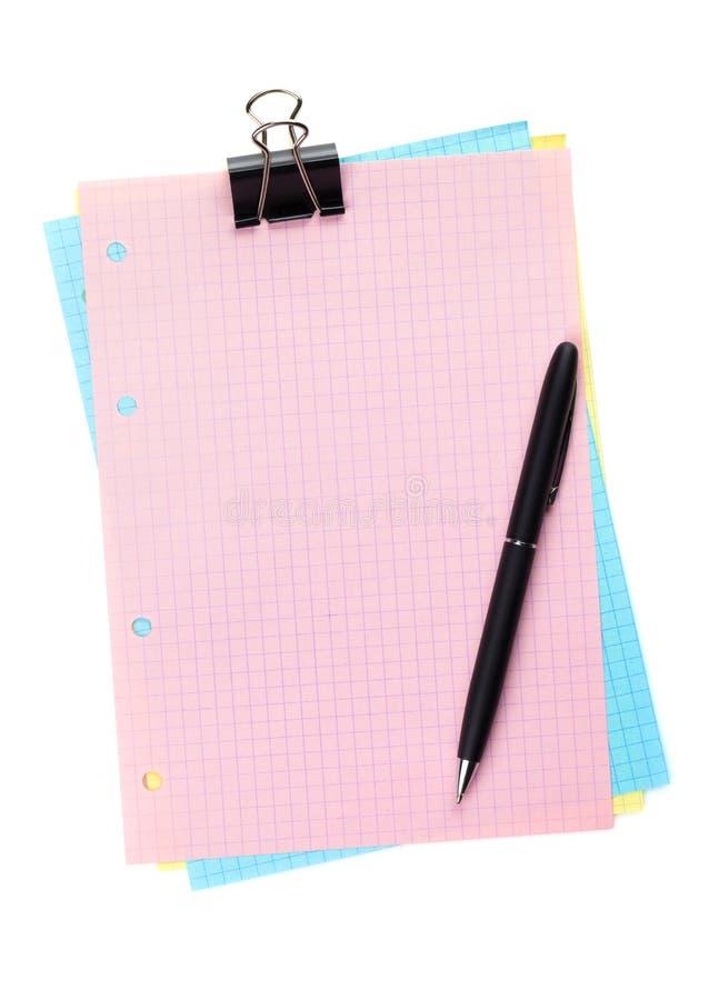 Buntes gezeichnetes Büropapier mit Klipp und Stift lizenzfreie stockbilder