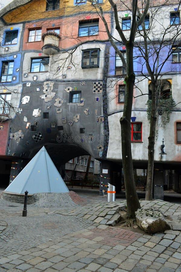 Buntes Hundertwasser-Haus, Wien Österreich lizenzfreie stockfotografie