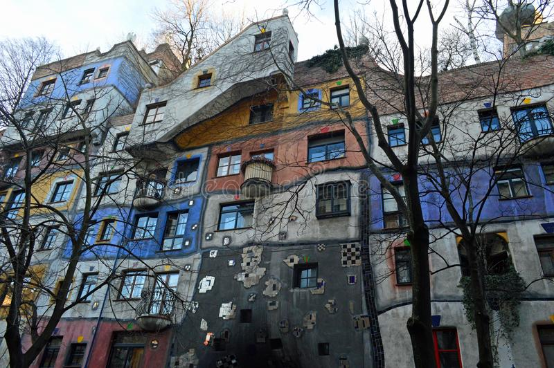 Buntes Hundertwasser-Haus, Wien Österreich stockbild