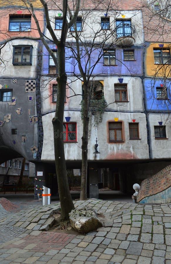 Buntes Hundertwasser-Haus, Wien Österreich lizenzfreie stockfotos