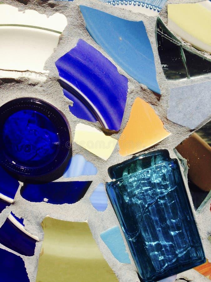 Buntes keramisches und Glasmosaik lizenzfreie stockbilder