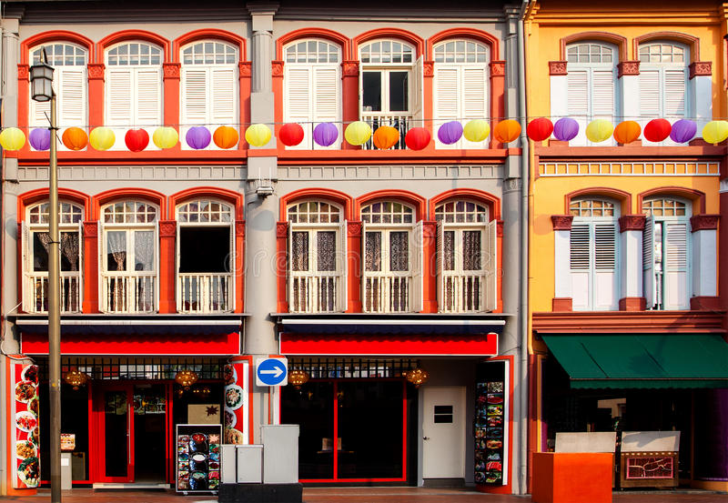 Buntes Shophouses in Singapur Chinatown lizenzfreie stockfotos